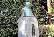 田中久重の像