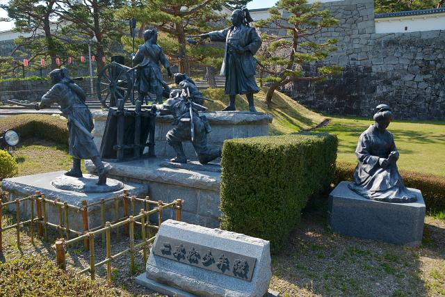 二本松少年隊の像